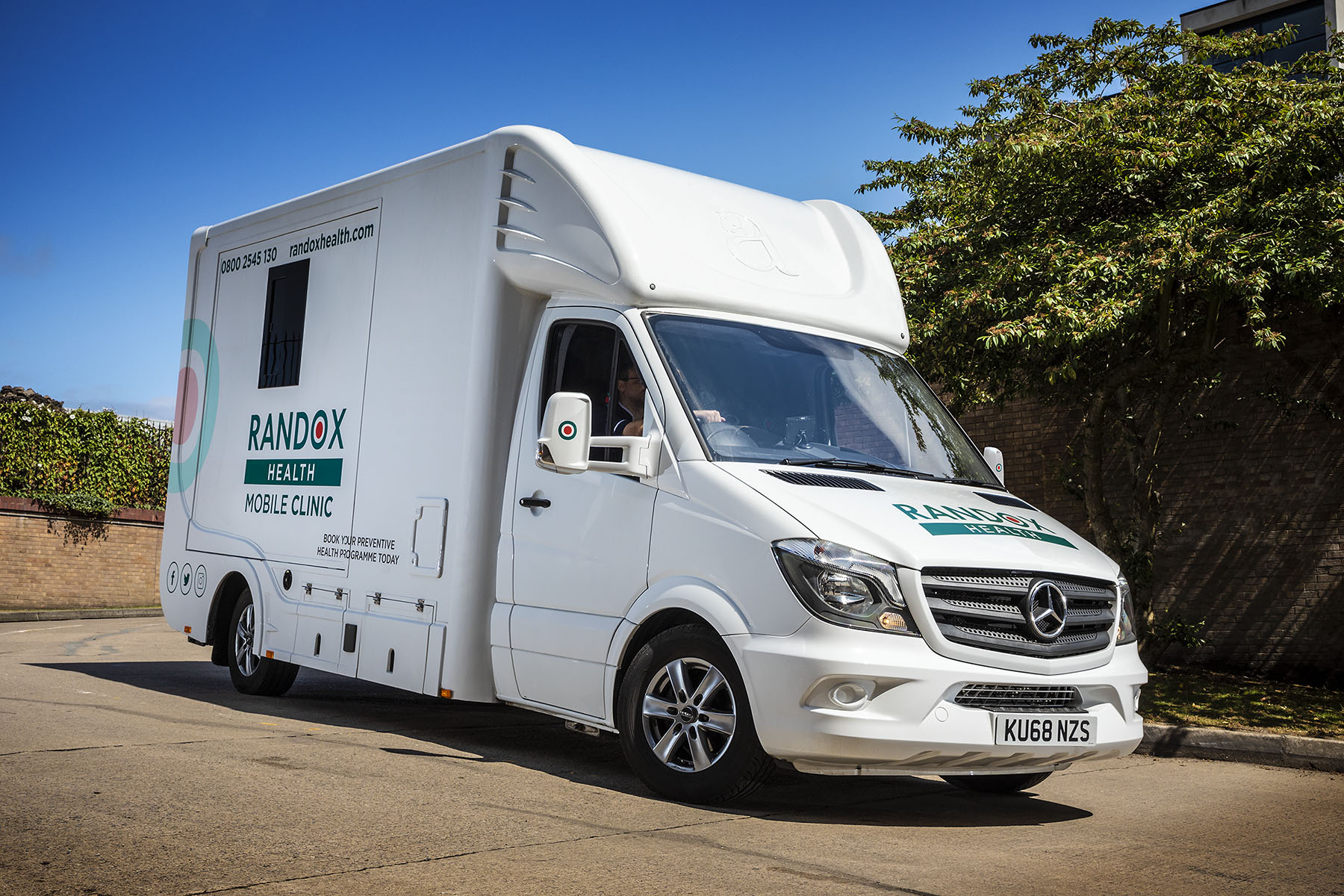 Healthcare leader takes its life-extending diagnostic service on the road with eye-catching Mercedes-Benz Sprinters